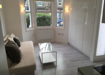 Thumbnail Studio to rent in Very Near Grosvenor Road Area, West Ealing Hanwell Borders