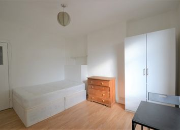 Thumbnail Studio to rent in Palermo Road, London