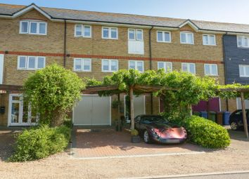 3 bed town house for sale in Waterside Close, Faversham ME13