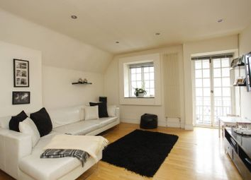 Thumbnail 3 bed flat to rent in Finchley Road, Temple Fortune