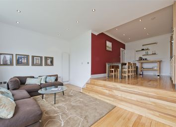 Thumbnail 3 bed property to rent in Hammersmith Grove, London