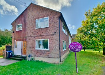Thumbnail 2 bed maisonette to rent in Kingfield Drive, Woking