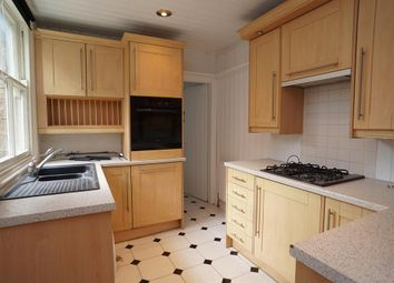 Thumbnail 3 bed flat to rent in Severn Road, Broomhill, Sheffield