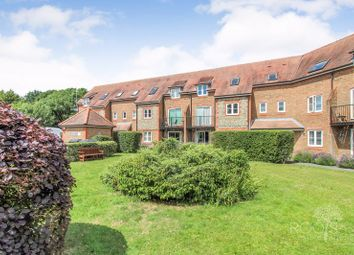 Thumbnail 2 bed flat for sale in Two Rivers Way, Newbury