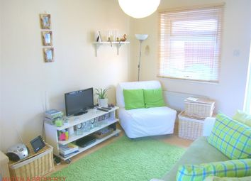 Thumbnail 1 bed maisonette to rent in Sycamore Avenue, Ealing, London