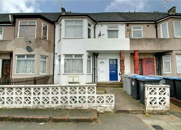 Thumbnail 1 bedroom flat for sale in Brendon Avenue, London