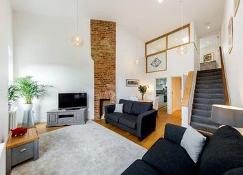 Thumbnail 2 bedroom flat for sale in Fyfield Road, London, London