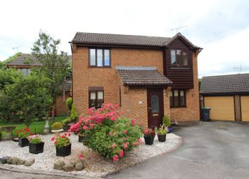 Thumbnail 3 bed detached house for sale in Highfield Drive, Matlock