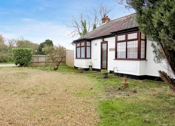 Thumbnail 2 bed property to rent in Dunmow Road, Rayne, Braintree
