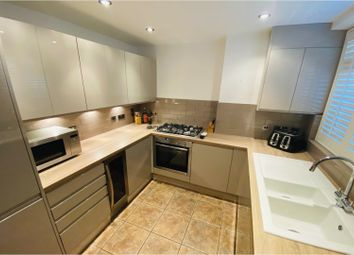 2 bed flat for sale in St. Peter's Street, Islington N1
