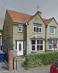 Thumbnail Room to rent in Hale Avenue, Cambridge, England United Kingdom