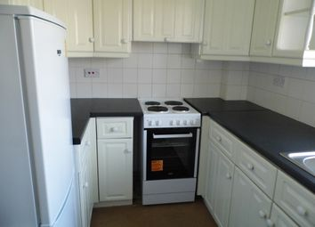 Thumbnail Flat to rent in Sunrise Avenue, Hornchurch