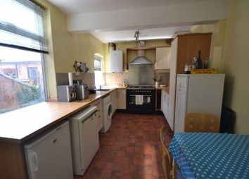 Thumbnail 2 bed property to rent in West Avenue, Clarendon Park, Leicester