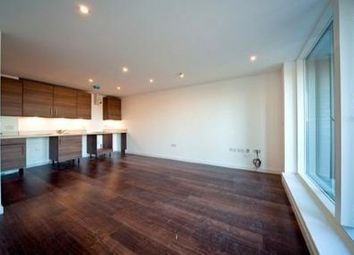 Thumbnail 1 bed flat to rent in Cambridge Crescent, Bethnal Green