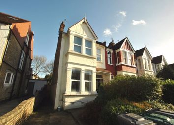 Thumbnail 2 bed flat to rent in Cavendish Avenue, Finchley Central