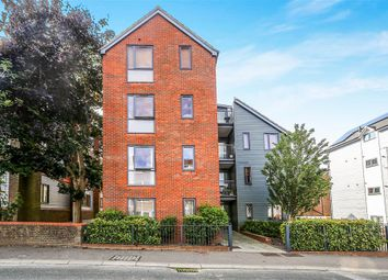 Thumbnail 1 bedroom flat to rent in Cantelupe Road, East Grinstead