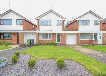 Thumbnail 3 bed detached house for sale in Kirby Avenue, Warwick