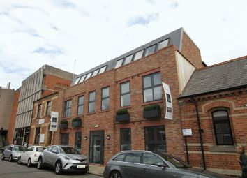 Thumbnail 1 bed flat to rent in Volunteer Street, Chester