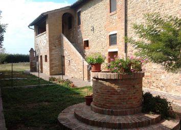 Thumbnail Farm for sale in Via Della Fattoria, Asciano, Siena, Tuscany, Italy