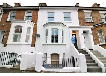 3 bed maisonette to rent in Bennerley Road, London SW11