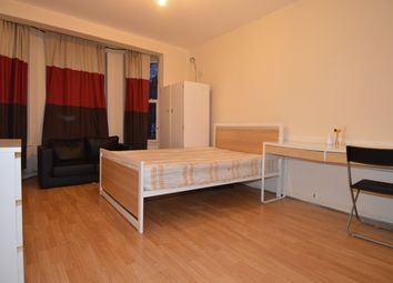 Thumbnail 5 bed flat to rent in Penshurst, Queens Crescent, Chalk Farm