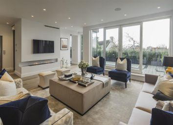 Thumbnail 4 bed flat to rent in West Heath Road, Hampstead