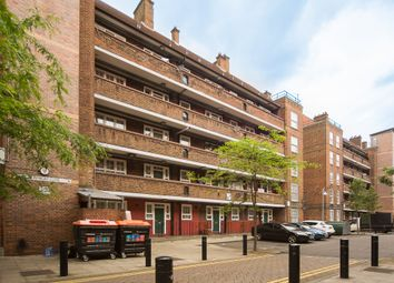 Thumbnail 2 bedroom flat for sale in Pembury Close, Pembury Road, London