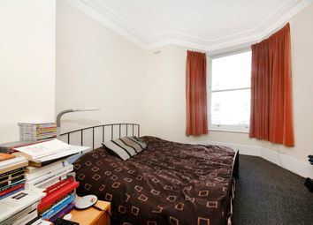 Thumbnail 1 bed flat to rent in Offley Road, Oval