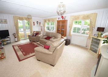 Thumbnail 2 bed mobile/park home for sale in Uffculme, Cullompton