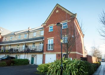 Thumbnail 3 bed town house for sale in Aphelion Way, Reading