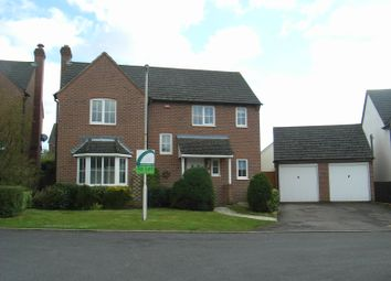 Thumbnail 4 bed detached house to rent in Yates Copse, Newbury