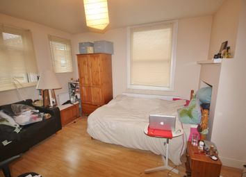 Thumbnail Studio to rent in Walworth Road, Camberwell