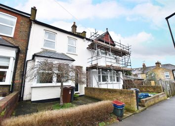 Thumbnail 2 bed maisonette to rent in Dean Road, Hounslow