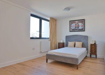 Thumbnail 3 bed duplex to rent in Queensmead, Farnborough
