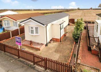 Thumbnail 2 bedroom mobile/park home for sale in Dunhampton, Stourport-On-Severn