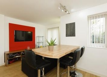 3 bed flat to rent in Boundary Lodge, Boundary Lane, Manchester M15