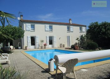 Thumbnail 3 bed villa for sale in Prahecq, Nouvelle-Aquitaine, 79230, France