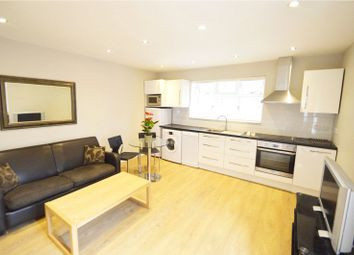 Thumbnail 1 bed flat to rent in Firtrees, East Road, Maidenhead, Berkshire