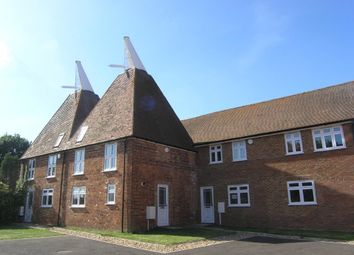 2 bed property to rent in Nettlestead Oast, Maidstone Road, Paddock Wood TN12