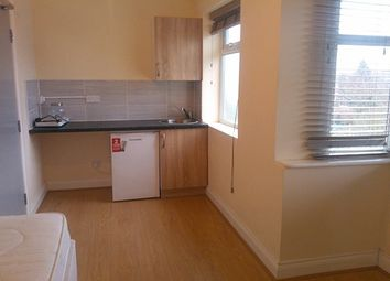 Thumbnail Room to rent in Highmead, Plumstead