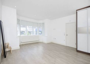 Thumbnail 2 bedroom flat for sale in Finchley Road, Temple Fortune