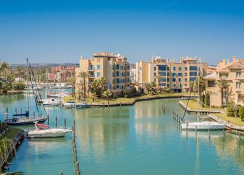 Thumbnail 2 bed apartment for sale in Isla Del Pez Volador, Sotogrande, Cadiz, Spain