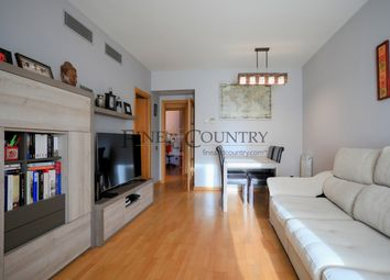 Thumbnail 3 bed apartment for sale in El Poblenou, Barcelona, Spain