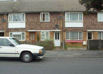 Thumbnail 2 bed maisonette to rent in Kingshill Avenue, Hayes