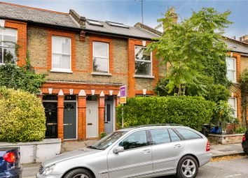 3 bed maisonette to rent in Glentham Road, Barnes, London SW13