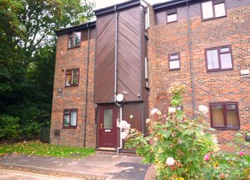 Thumbnail 1 bed flat to rent in Cheriton Court, Wolseley Street, Reading, Berkshire