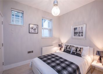 Thumbnail 2 bedroom flat for sale in Woodhouse Road, North Finchley, London