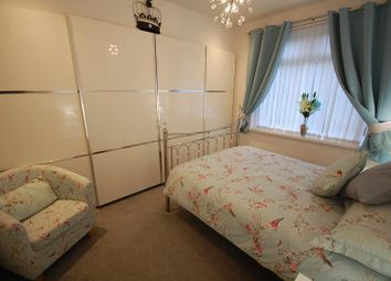 Thumbnail 2 bed flat to rent in Middlefield Crescent, Aberdeen