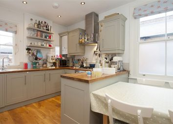 Thumbnail 3 bed flat to rent in Cobbold Road, Wendell Park, Shepherds Bush