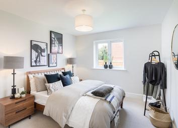 Mytchett Road, Mytchett GU16. 2 bed flat for sale